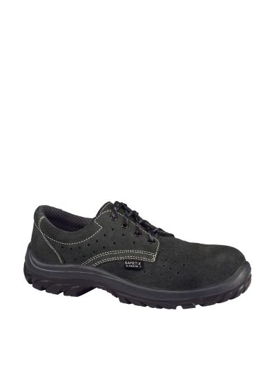 Breathable lightweight safety shoe AIRFOX