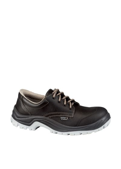 Safety shoe with scuffcap STORMIX CAP BAS S3