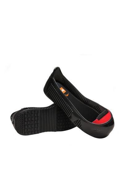 TOTAL PROTECT + anti-slip overshoes with anti-perforation insert and safety toecap